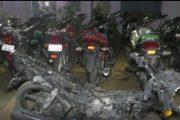 छह मोटर साइकिल के साथ एक चोर गिरफ्तार...